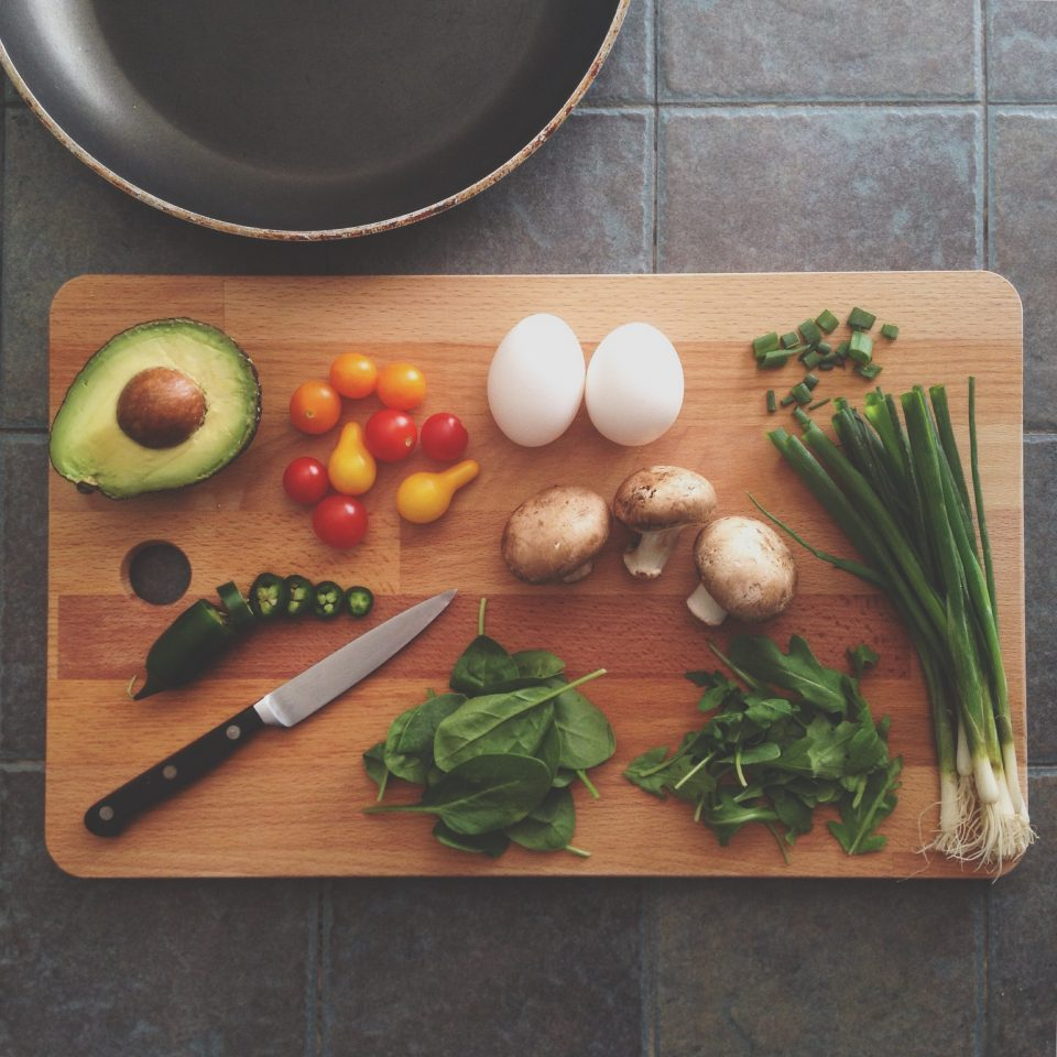5 Foods That Boost Brain Power, chopping board with healthy food